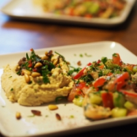 Rindfleisch, Hummus, Zitronensauce, Fattoush